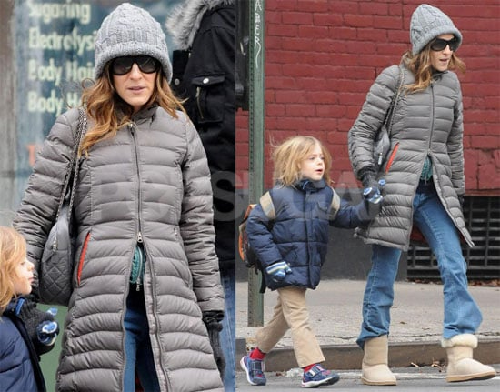 Photos of Sarah Jessica Parker and James Wilkie Broderick in NYC 2008-12-20 07:00:00