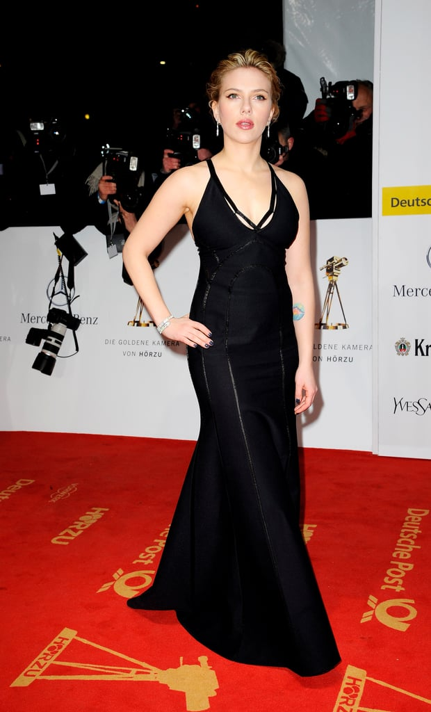 Scarlett Johansson Hits the Red Carpet Without Her New Man