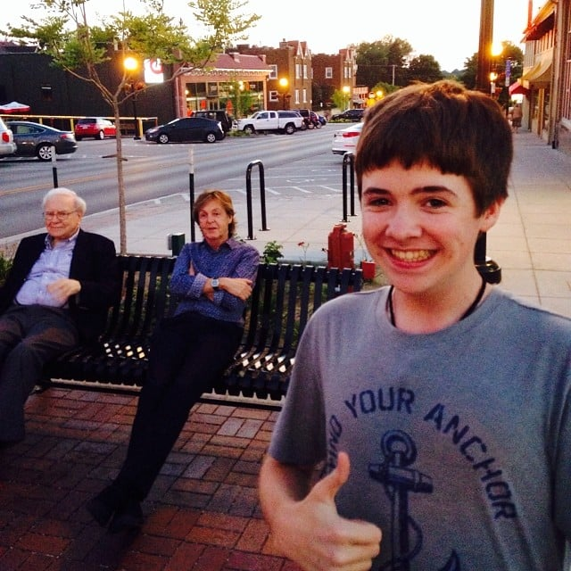 This kid nabbed a selfie with Paul McCartney and Warren Buffett when the unlikely pair grabbed dinner in Omaha, NE, in 2014.