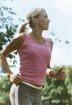The Most Ideal Way to Hold Your Arms While Running