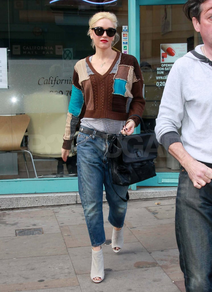 Gwen Stefani getting her nails done in London.