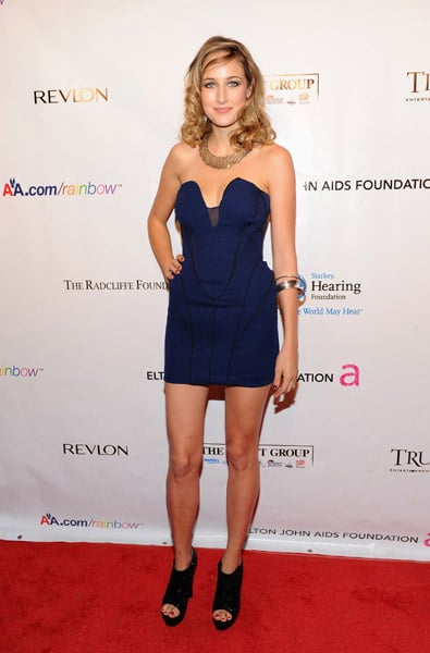 """Leelee Sobieski looked downright hot in ACNE at the ninth annual Elton John AIDS Foundation's """"An Enduring Vision"""" event."""
