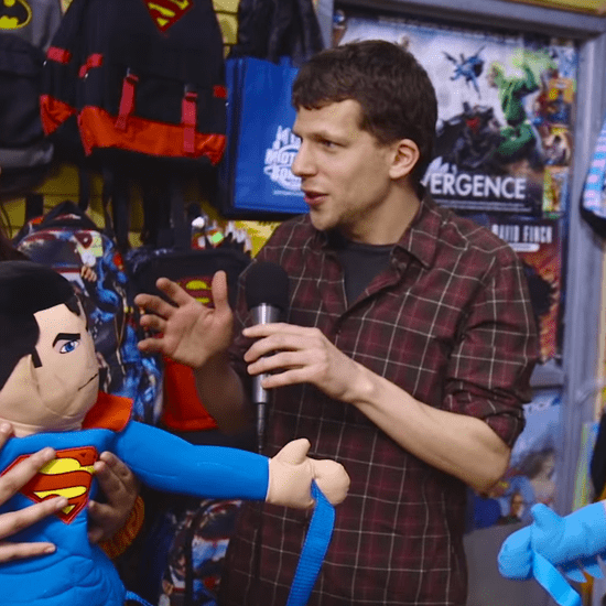 Jesse Eisenberg Asks Comic Fans About Batman vs. Superman