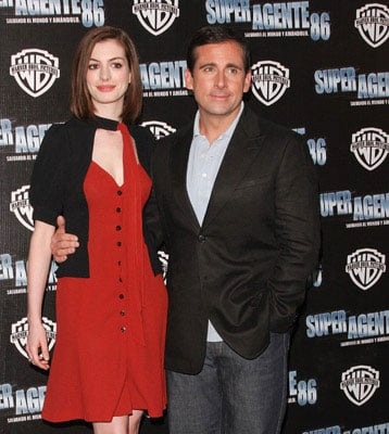 Anne Hathaway and Steve Carell Promote Get Smart in Mexico