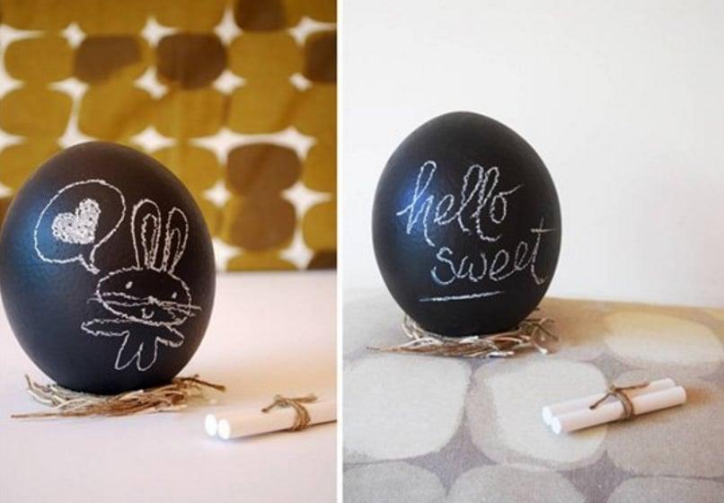 Chalkboard Painted Eggs
