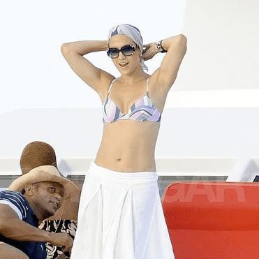 Jennifer Lopez Bikini Pictures