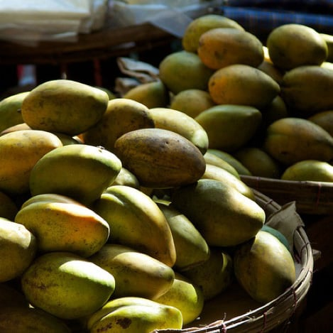 How to Buy and Cook With Mangoes