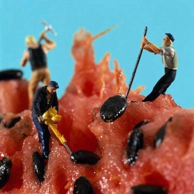 Yummy Link: Cute Mini People Food Art