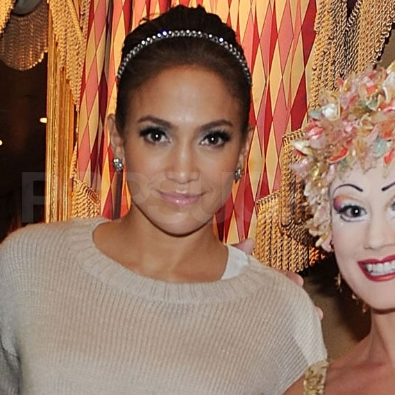 Jennifer Lopez had her makeup looking great.