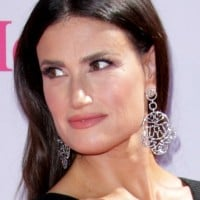 Idina Menzel weighs in on Give Elsa a Girlfriend campaign