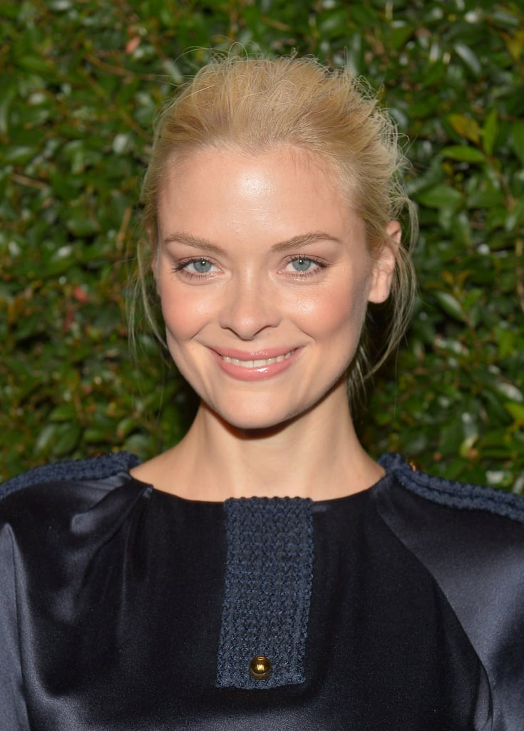 Jaime King pulled her blonde hair back into a textured up 'do and her makeup mixed an array of neutral pink and bronze hues.