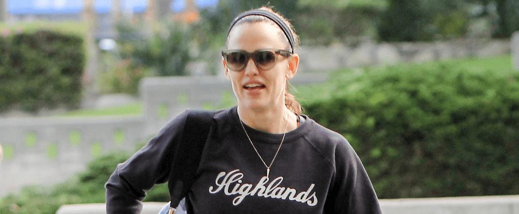 Jennifer Garner Kicks Off Her Weekend by Taking a Stroll With a Friend in LA
