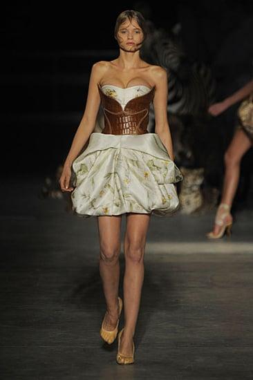 Abbey Lee Kershaw Faints at Alexander McQueen