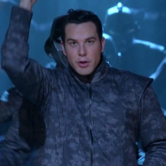 "Skylar Astin Sings ""Counting Stars"" on Glee"
