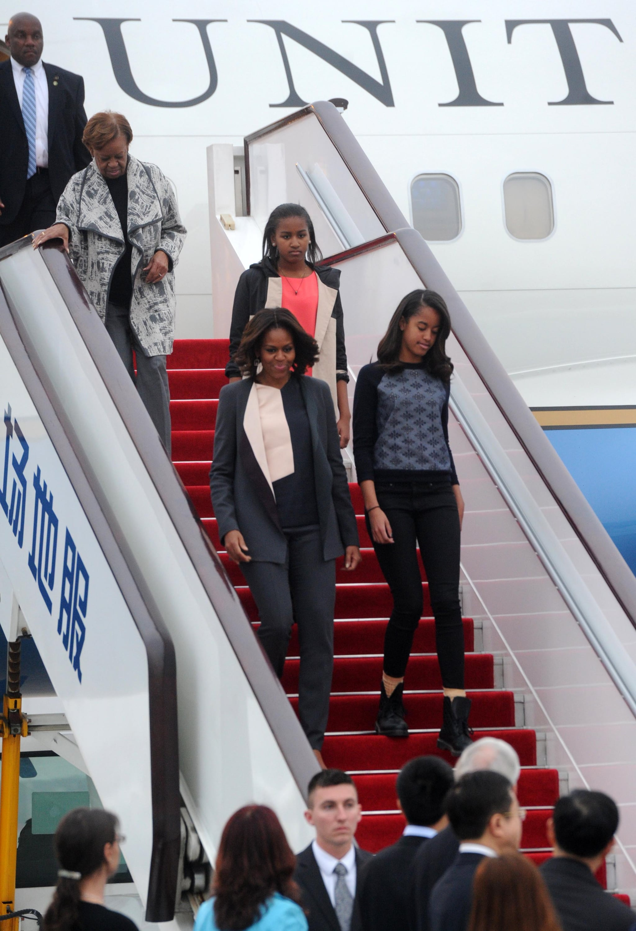 Michelle, her mother, and her two daughters were greeted when they arrived in Chengdu.