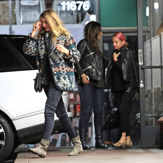 Cameron Diaz Has Dinner With Drew Barrymore | Pictures