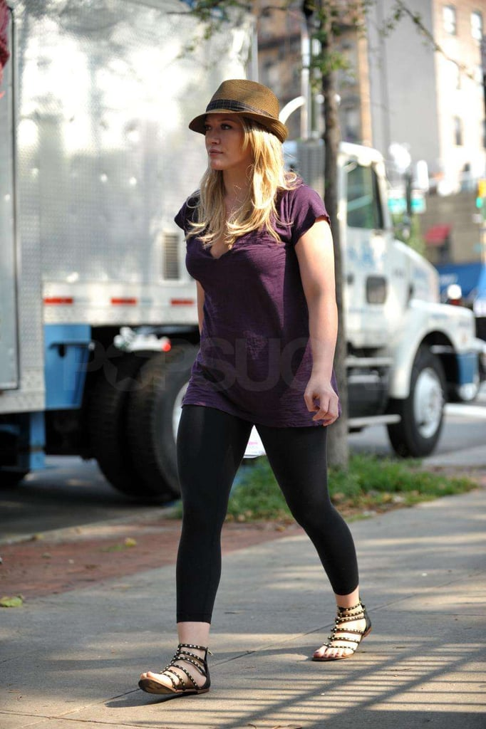 Photos of Blake Lively and Hilary Duff on Set of Gossip Girl