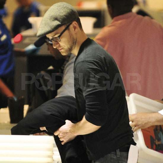 Pictures of Justin Timberlake at LAX