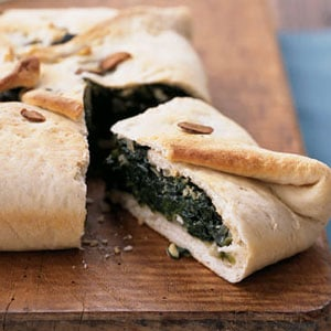 Fast & Easy Dinner: Spinach-Feta Calzone Casserole