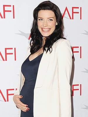 Jessica Paré Welcomes a Son
