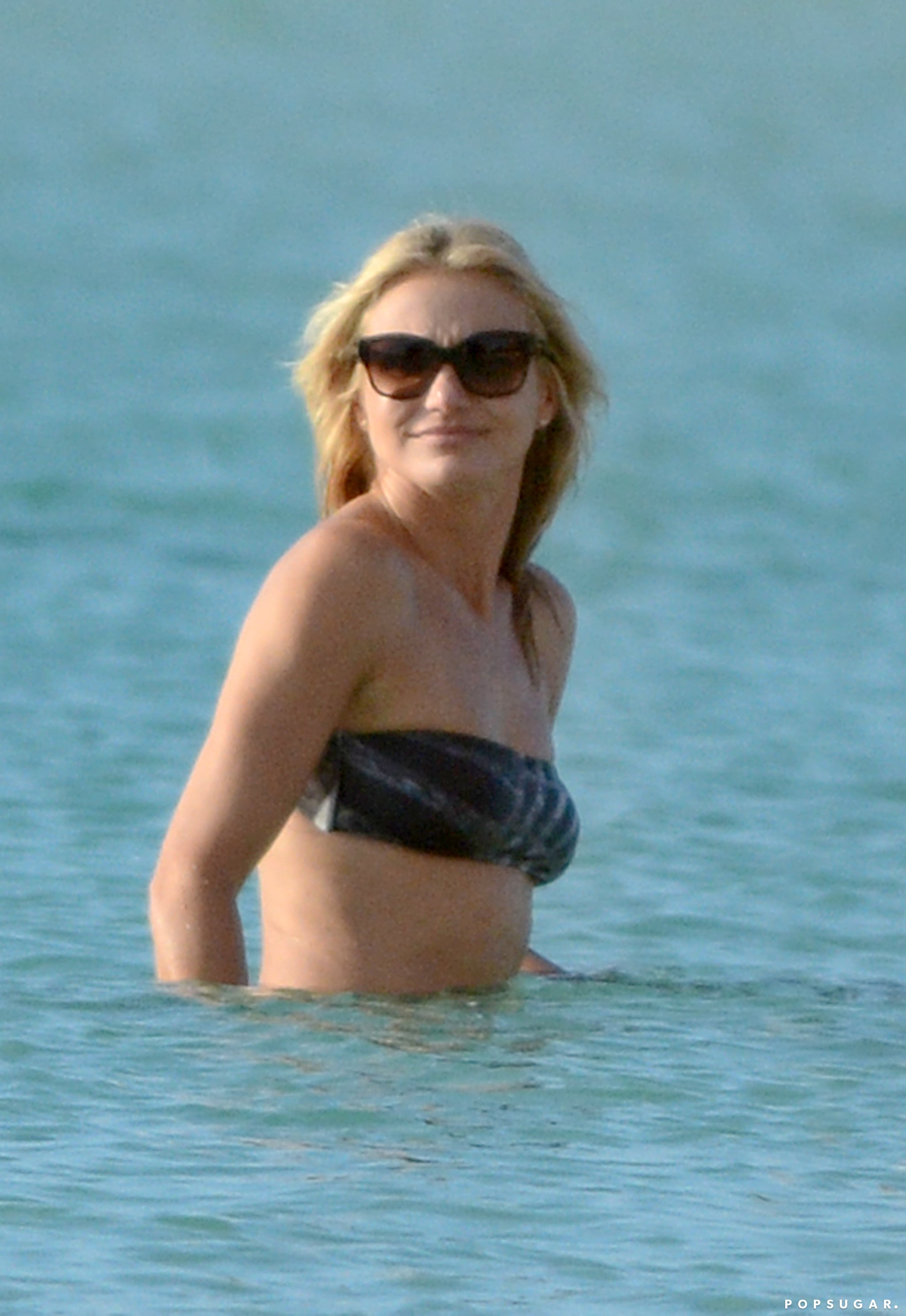 Cameron Diaz splashed in the water.