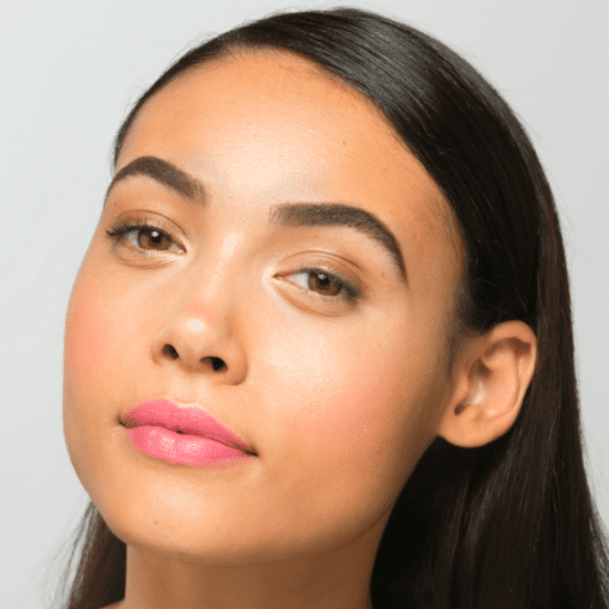 How to Look Fresh-Faced While Traveling