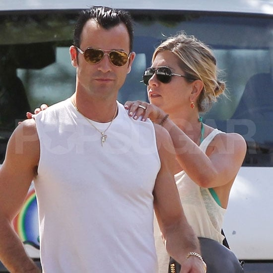 Jennifer Aniston and Justin Theroux Pictures in Hawaii