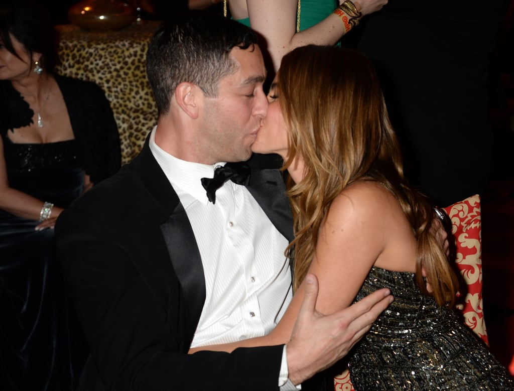 And kissed her fiancé, Nick Loeb.