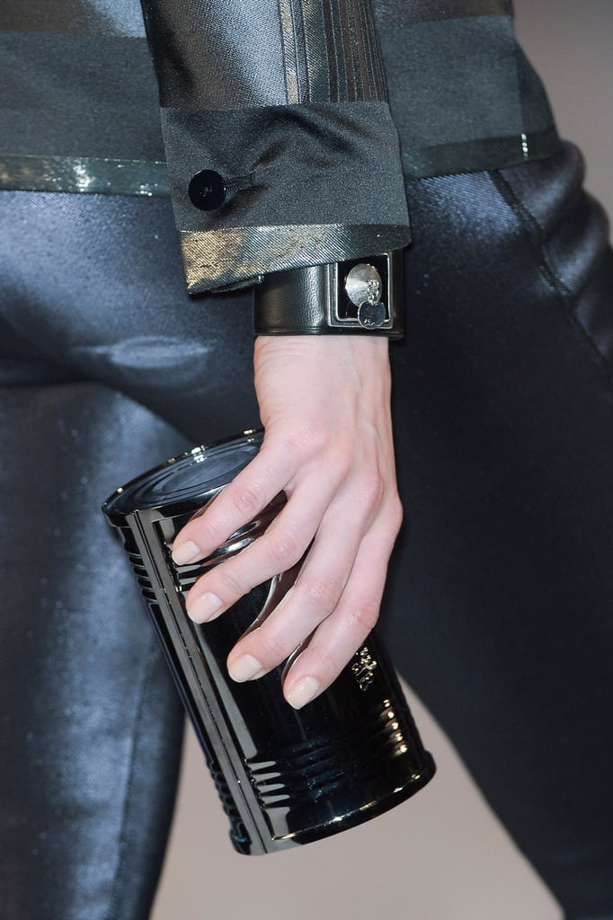 Nude nails related to the relatively simple and clean makeup looks on the models, as well as the lines of the clothes themselves.