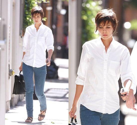 Get Katie Holmes Crisp White Shirt Style