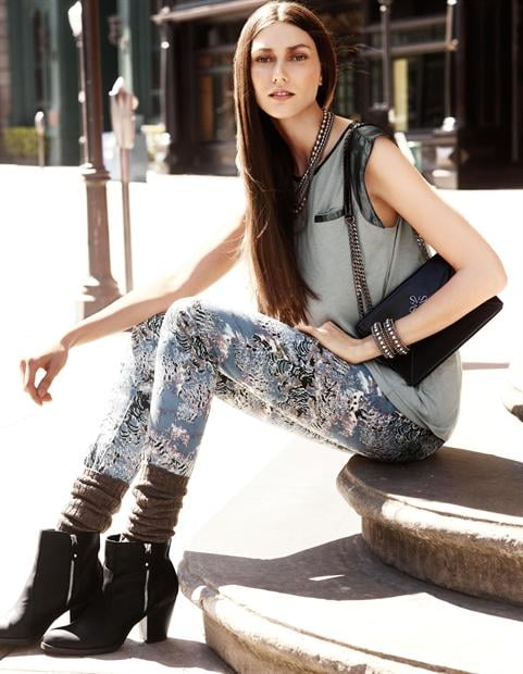 Attention Shoppers: Simply Vera Is Simply Cool For Fall