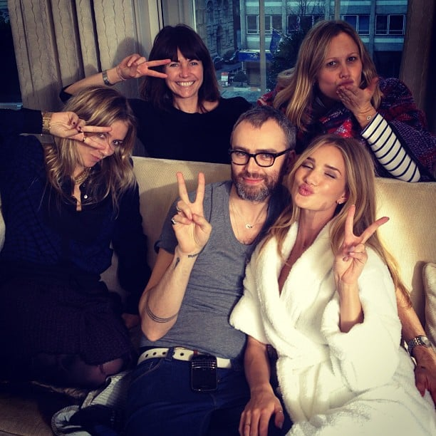 Rosie Huntington-Whiteley flashed peace signs with her glam squad. Source: Instagram user rosiehw