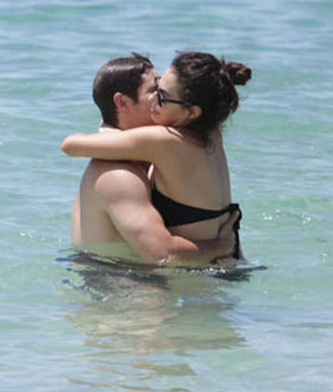 Shirtless Adam DeVine Shows PDA in Hawaii   Pictures