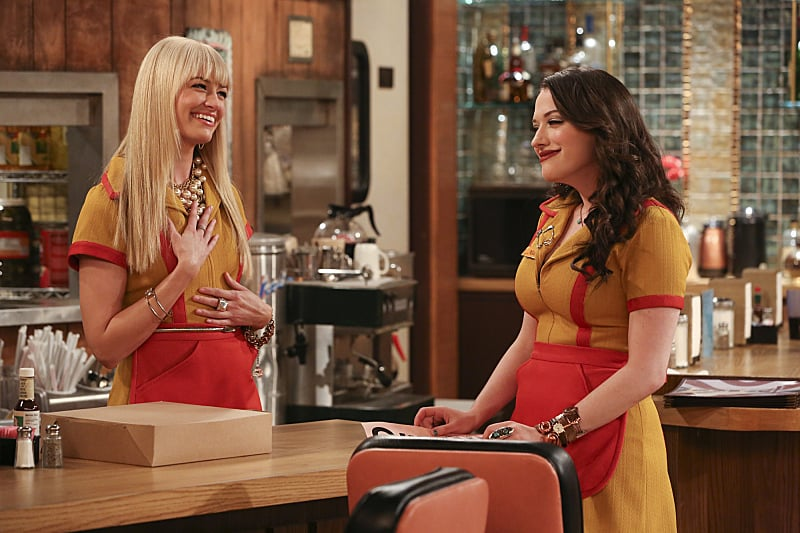 Two Broke Girls What happens:  Han initiates some serious deep cleaning to get an A rating from the health inspector, but after finding a previously hidden (and very dirty) storage room, the inspector gives the diner a B. Max opens a window to get some air and has an epiphany for their business: a cupcake walk-up window!