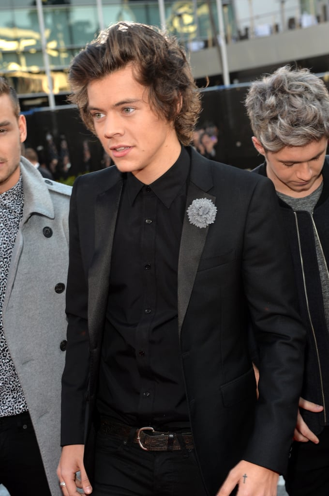 One Direction arrived at the 2013 American Music Awards.