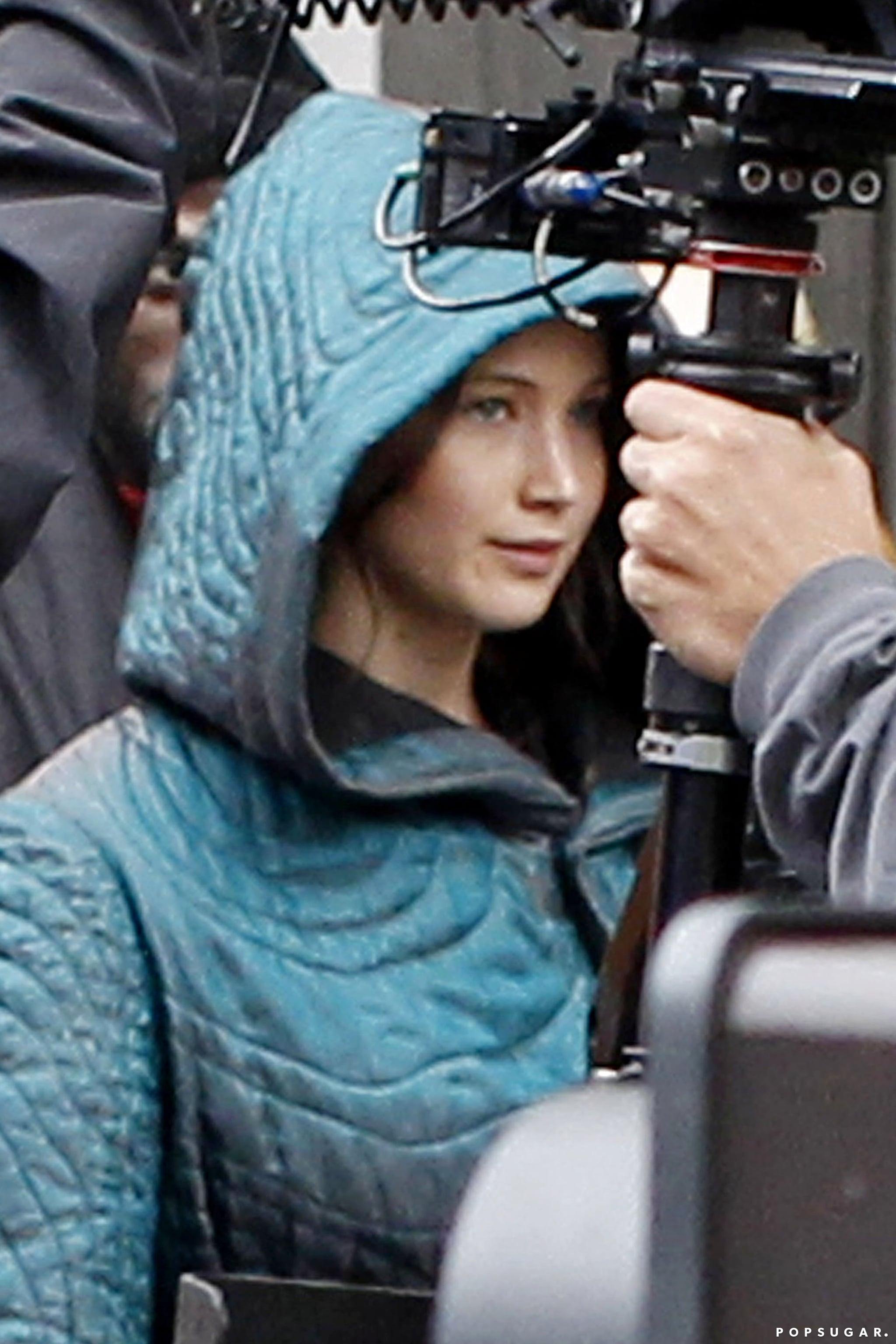 Jennifer Lawrence Reunites With Her Guys For Mockingjay