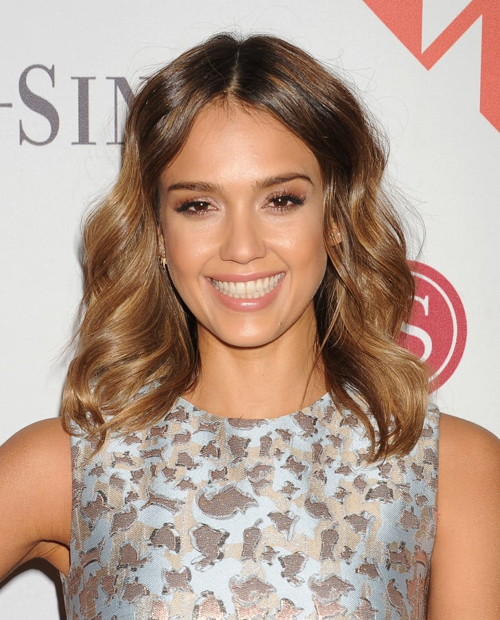 Jessica alba sexy celebrity beach waves for every hair for Jessica alba beach pictures