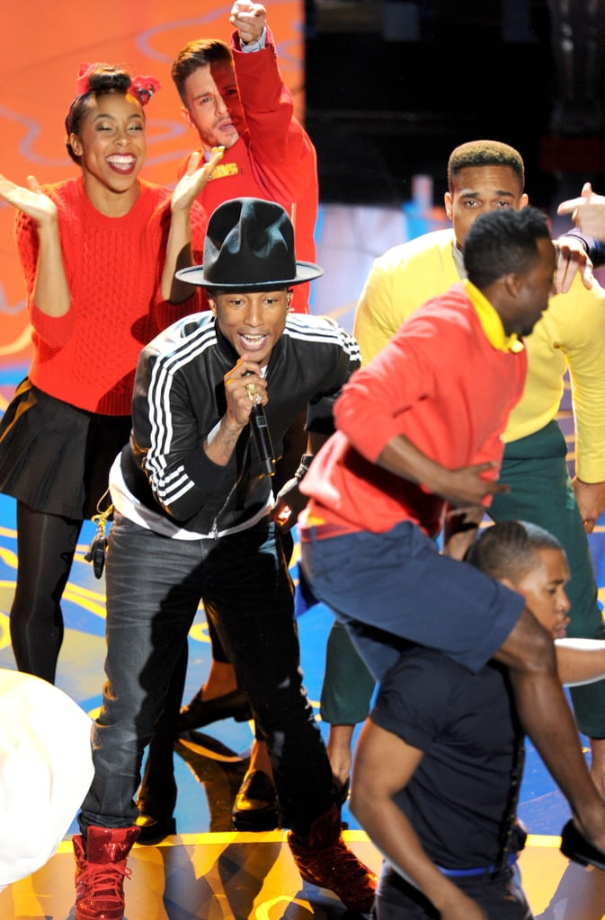 "Pharrell Williams performed ""Happy"" with a group of dancers."