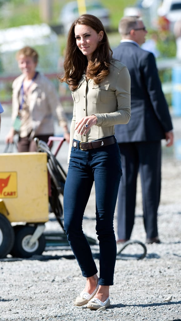 Kate Middleton opted for an understated feel in go-anywhere J Brand skinnies and a button-front blouse.