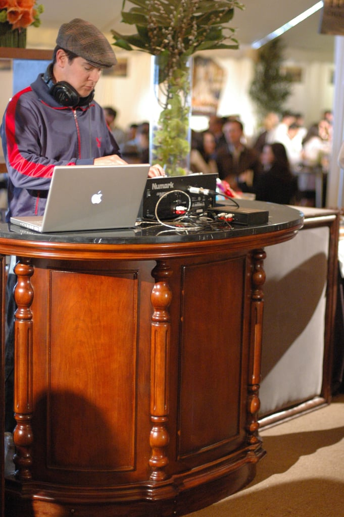 DJs at the party