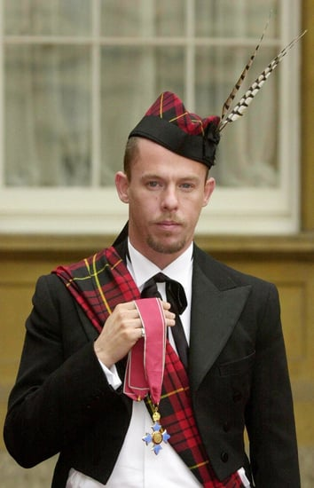 Alexander McQueen Dies One Week After Mother