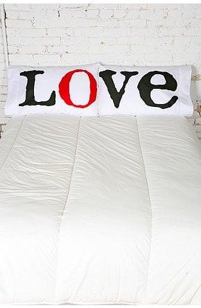 Love It or Hate It? Love Pillowcase Set