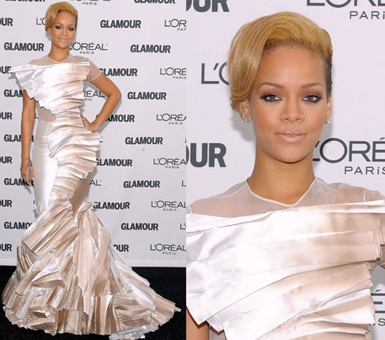 Rihanna Wears Dramatic Stéphane Rolland to the 2009 Glamour Magazine Woman of the Year Event