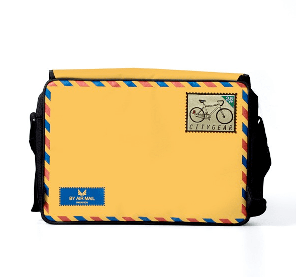 Photos of the 25togo Icon Bags and Sleeves