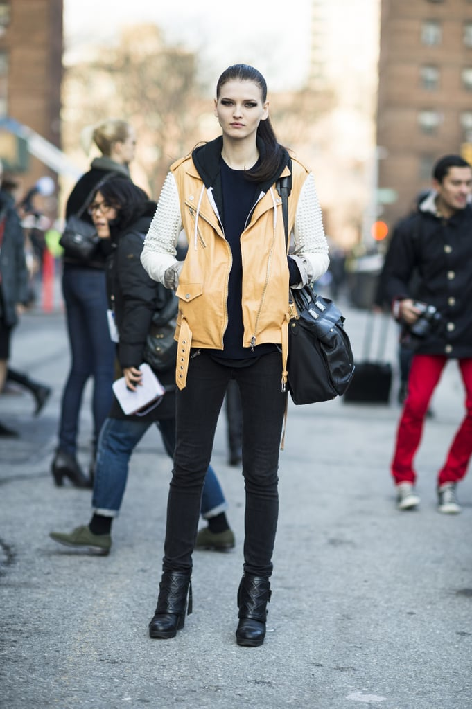 Camel-hued leather added a softer kind of cool to this model's off-duty style. Source: Le 21ème   Adam Katz Sinding