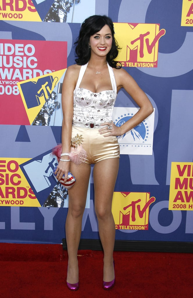 She stepped onto the red carpet at the September 2008 MTV Music Awards at Paramount Pictures Studio in LA.