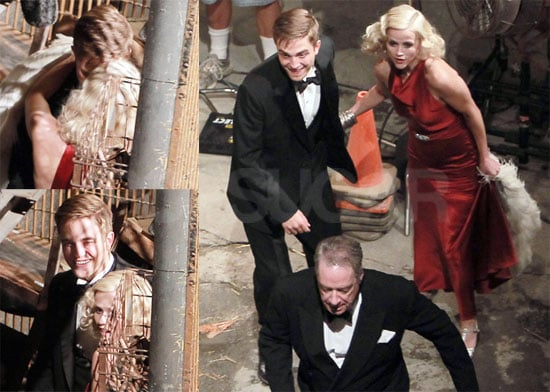Pictures of Robert Pattinson and Reese Witherspoon Kissing on the Set of Water For Elephants