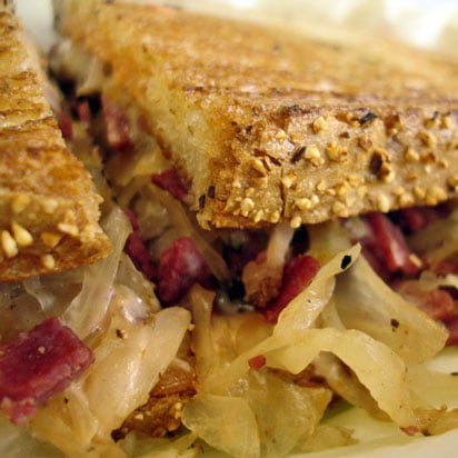 Recipe For a Classic Reuben Sandwich