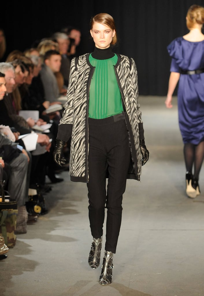 2009 Fall New York Fashion Week: Thakoon