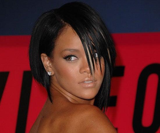 Get Rihanna's Makeup and Hair 2009-12-11 08:11:24